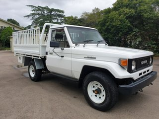 1989 Toyota Landcruiser HJ75RP (4x4) White 5 Speed Manual Utility.