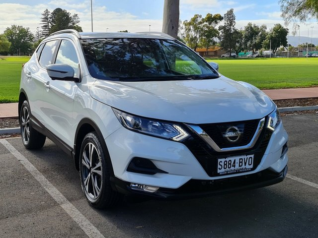 Used Nissan Qashqai J11 Series 2 ST-L X-tronic Nailsworth, 2017 Nissan Qashqai J11 Series 2 ST-L X-tronic White 1 Speed Constant Variable Wagon