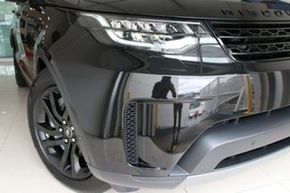 2020 Land Rover Discovery Series 5 L462 MY20 SE Santorini Black 8 Speed Sports Automatic Wagon.