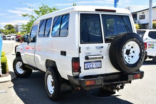 2012 Toyota Landcruiser VDJ78R MY10 Workmate Troopcarrier White 5 Speed Manual Wagon.