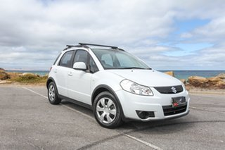 2012 Suzuki SX4 GYA MY11 White 6 Speed Manual Hatchback.
