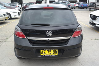2008 Holden Astra AH MY08 CDX Black 5 Speed Manual Hatchback
