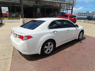 2009 Honda Accord 10 Euro White 5 Speed Automatic Sedan.