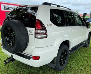 2007 Toyota Landcruiser Prado KDJ120R GXL White 6 Speed Manual Wagon.