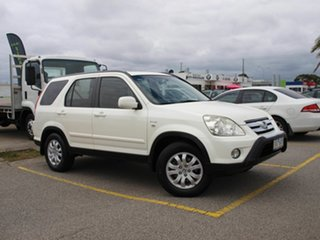 2006 Honda CR-V RD MY2006 Sport 4WD White 5 Speed Automatic Wagon.