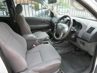2011 Toyota Hilux KUN26R SR White 5 Speed Manual Extracab