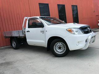 2006 Toyota Hilux KUN16R MY07 SR 4x2 White 5 Speed Manual Cab Chassis.