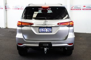 Toyota Fortuner Silver Sky Wagon