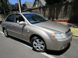 2005 Kia Cerato LD Gold 5 Speed Manual Sedan.