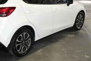 2015 Mazda 2 genky White Hatchback