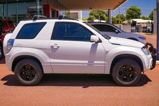 2012 Suzuki Grand Vitara JB MY09 White 4 Speed Automatic Hardtop.