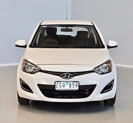 2012 Hyundai i20 PB MY13 Active White 6 Speed Manual Hatchback.