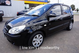 2010 Hyundai Getz TB MY09 SX Ebony Black 5 Speed Manual Hatchback.
