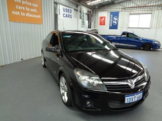 2006 Holden Astra AH MY06.5 SRI Turbo Black 6 Speed Manual Coupe.