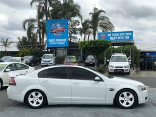 2007 Holden Calais VE White 5 Speed Sports Automatic Sedan.