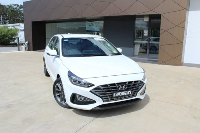 Demo Hyundai i30 PD.V4 MY21 Elite Tuggerah, 2020 Hyundai i30 PD.V4 MY21 Elite Polar White 6 Speed Sports Automatic Hatchback
