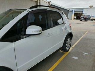2013 Suzuki SX4 GYA MY13 Crossover Navigator White 6 Speed Constant Variable Hatchback.