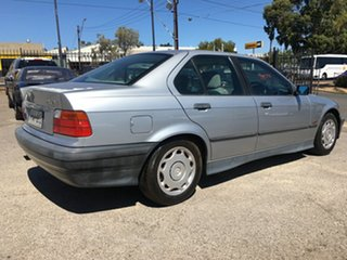 1995 BMW 3 Series E36 318i 4 Speed Automatic Sedan.