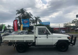 1990 Toyota Landcruiser HJ75RP (4x4) White 5 Speed Manual Cab Chassis.