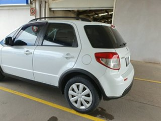 2013 Suzuki SX4 GYA MY13 Crossover Navigator White 6 Speed Constant Variable Hatchback