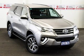 Toyota Fortuner Silver Sky Wagon.