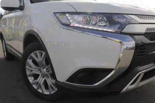 2019 Mitsubishi Outlander ZL MY20 ES 2WD White Solid 6 Speed Constant Variable Wagon.