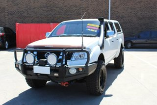 2011 Nissan Navara D40 Series 4 ST-X (4x4) White 6 Speed Manual Dual Cab Pick-up.