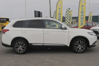 2017 Mitsubishi Outlander ZL MY18.5 ES AWD White Solid 6 Speed Constant Variable Wagon