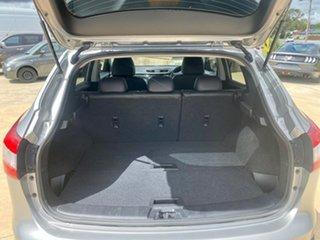 2016 Nissan Qashqai TI Silver Manual Wagon