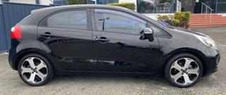 2011 Kia Rio UB MY12 SLi Black 6 Speed Sports Automatic Hatchback.