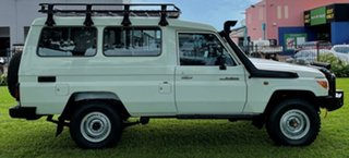 2014 Toyota Landcruiser VDJ78R MY13 Workmate Troopcarrier White 5 Speed Manual Wagon.