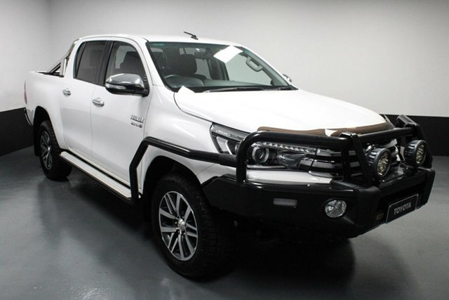 Used Toyota Hilux GUN126R SR5 Double Cab Rutherford, 2017 Toyota Hilux GUN126R SR5 Double Cab White 6 Speed Sports Automatic Utility