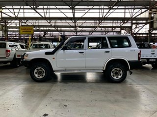 1998 Nissan Patrol GU DX5 White 5 Speed Manual Wagon