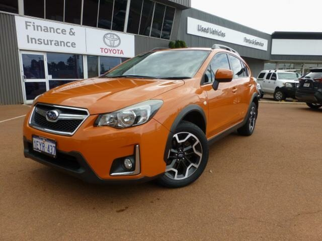 Pre-Owned Subaru XV MY17 2.0I Esperance, 2016 Subaru XV MY17 2.0I Orange 6 Speed Manual Wagon