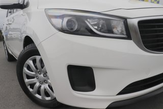 2016 Kia Carnival YP MY16 S Clear White/beige 6 Speed Sports Automatic Wagon