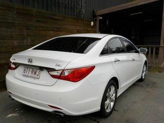 2011 Hyundai i45 YF MY11 Elite White 6 Speed Sports Automatic Sedan.
