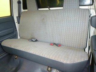 2004 Toyota Hilux SR5 White 5 Speed Manual Dual Cab