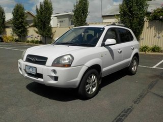 2008 Hyundai Tucson MY07 City SX White 5 Speed Manual Wagon.