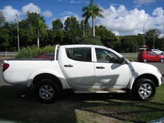 2014 Mitsubishi Triton MN MY14 Update GLX (4x4) White 4 Speed Automatic 4x4 Double Cab Chassis