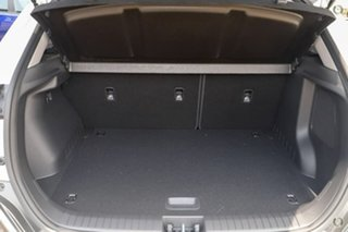 OS.3 Highlander S.Roof 2.0P 6spd Auto 2WD Wag