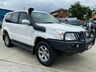 2006 Toyota Landcruiser Prado KZJ120R GXL White 4 Speed Automatic Wagon.