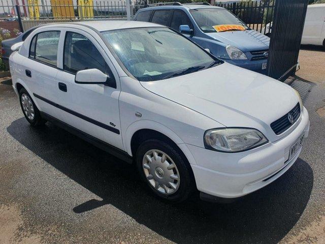 Used Holden Astra TS MY03 CD Morphett Vale, 2003 Holden Astra TS MY03 CD White 4 Speed Automatic Hatchback