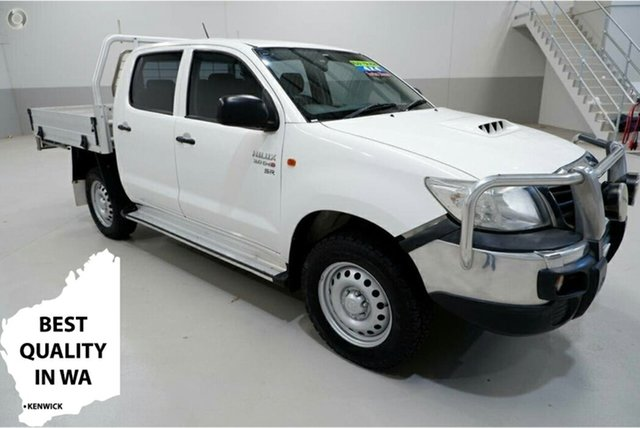 Used Toyota Hilux KUN26R MY14 SR Double Cab Kenwick, 2015 Toyota Hilux KUN26R MY14 SR Double Cab White 5 Speed Manual Cab Chassis