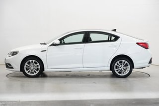 2018 MG MG6 Plus IP2X ESSENCE Mountain White & Black Roof 6 Speed Auto Dual Clutch Fastback.
