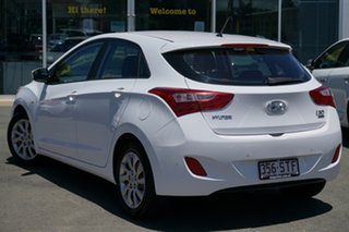 2012 Hyundai i30 GD Active Creamy White 6 Speed Manual Hatchback.