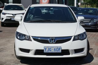 2011 Honda Civic 8th Gen MY11 VTi White 5 Speed Automatic Sedan.