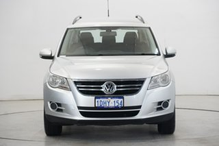 2010 Volkswagen Tiguan 5N MY10 125TSI 4MOTION Silver 6 Speed Manual Wagon.