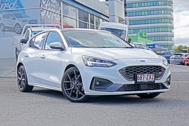 Used Ford Focus SA 2020.25MY ST Springwood, 2020 Ford Focus SA 2020.25MY ST White 7 Speed Automatic Hatchback