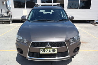 2011 Mitsubishi Outlander ZH MY11 LS Ironbark 5 Speed Manual Wagon.
