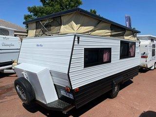 1987 Coromal Lowline Caravan